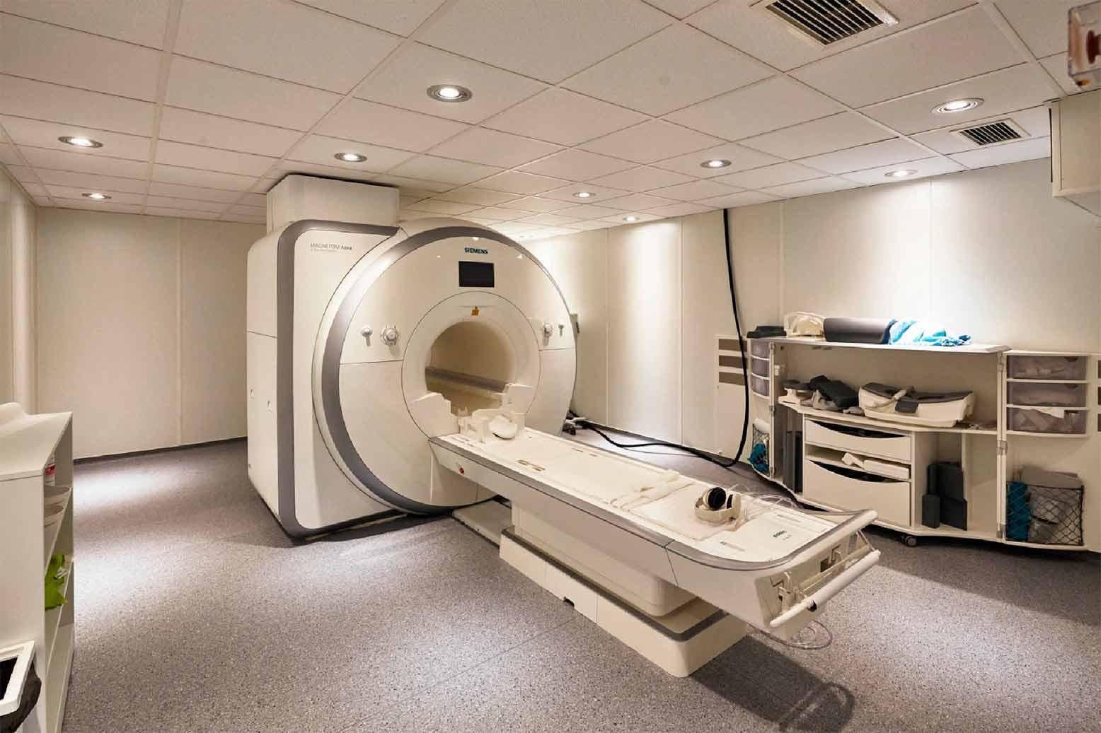 piso para laboratorios y clínicas